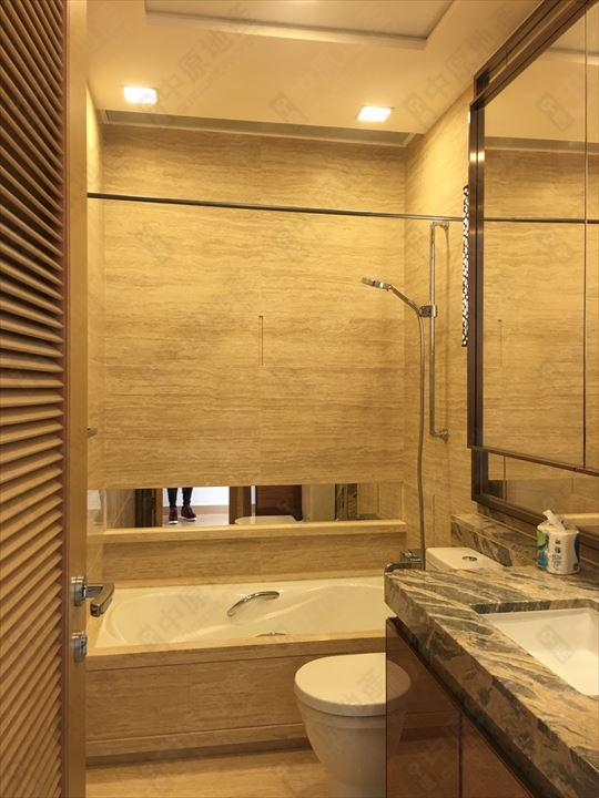 单位内部 - 浴室