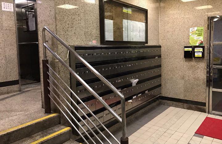 交通配套 - 扶手電梯