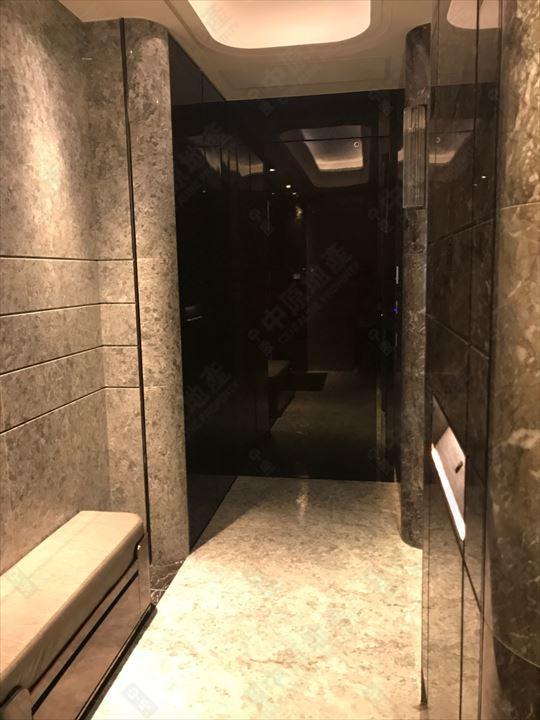 單位內部 - 大門