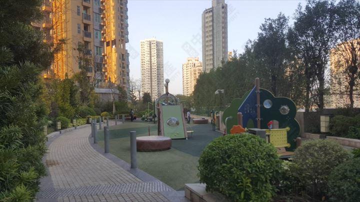 屋苑 - 平台花园